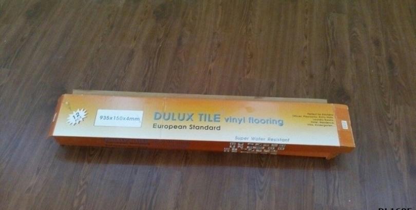 Sàn nhựa hèm khóa Dulux pre mã DL1605