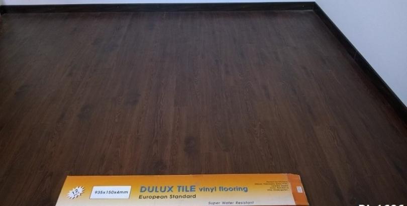 Sàn nhựa hèm khóa Dulux pre mã DL1606